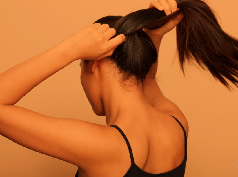How to make hair stronger naturally
